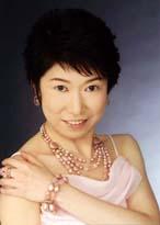井上 千鶴 Chizuru Inoue